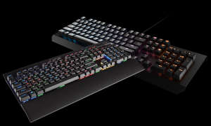 Corsair K70 Lux RGB und Razer Blackwidows X Chroma