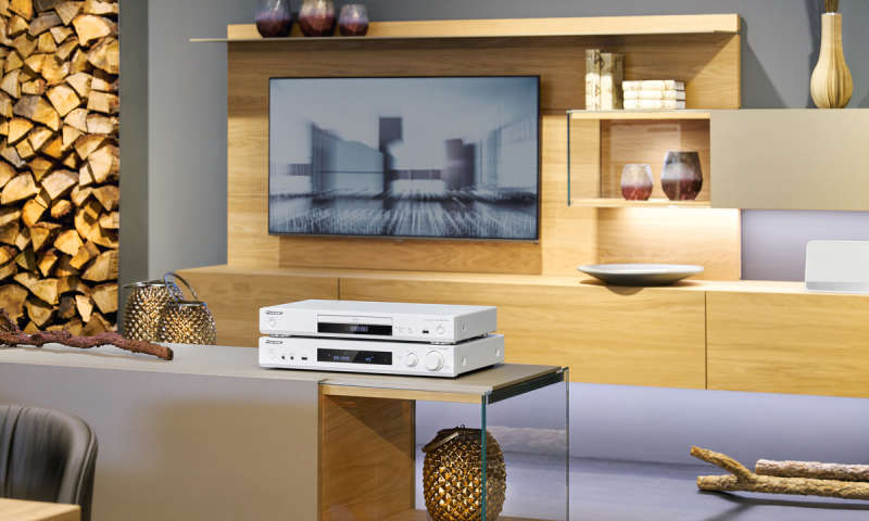 heos musiccast und fireconnect multiroom systeme im berblick pc magazin. Black Bedroom Furniture Sets. Home Design Ideas
