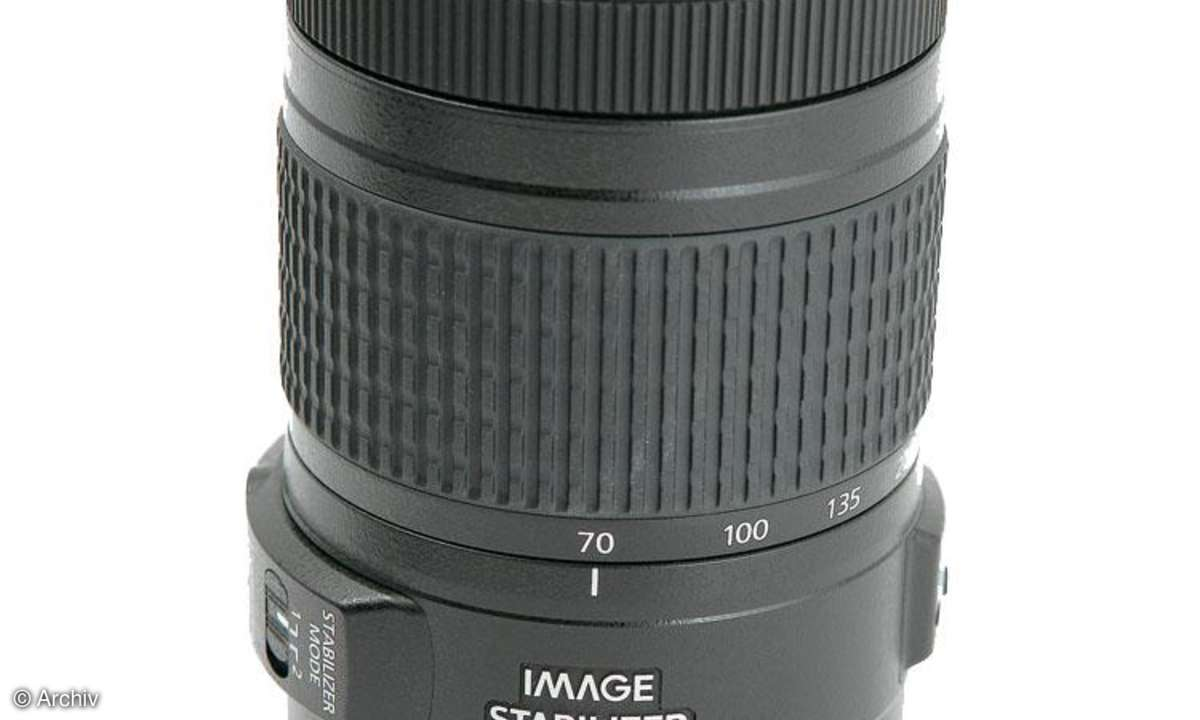 Canon EF 4-5,6/70-300 mm IS USM an Canon EOS 450D