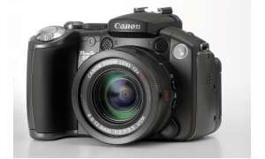Canon Powershot S5 IS Vorderseite