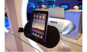 IFA, 2010, Apple, iPad, Dock, Docking Station