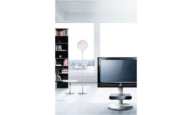 loewe pr sentiert den neuen loewe art 37 led fernseher pc magazin. Black Bedroom Furniture Sets. Home Design Ideas