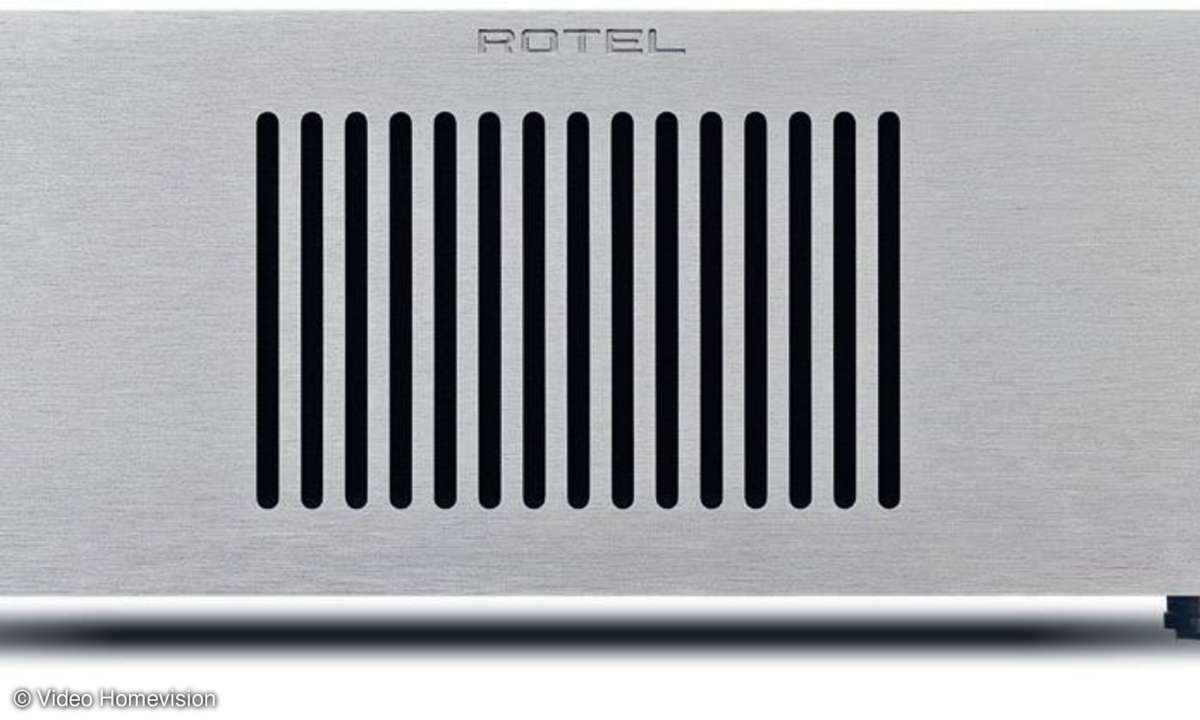 Rotel RB-1582