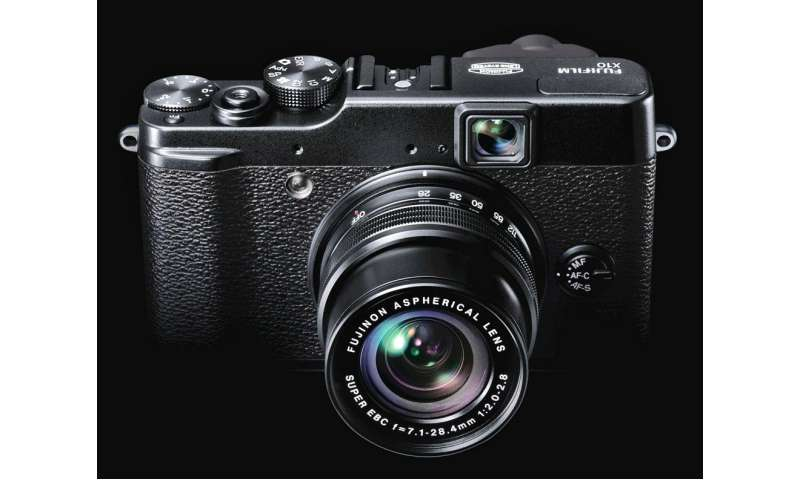 fujifilm finepix x10 firmware update f r die kompaktkamera pc magazin. Black Bedroom Furniture Sets. Home Design Ideas