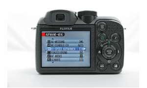 Fuji Finepix S1000fd Rückseite/ Display